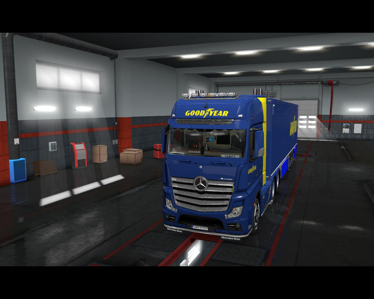 ETS2 - Mercedes Actros Good Year Combo Skin V1.0 (1.37.x)