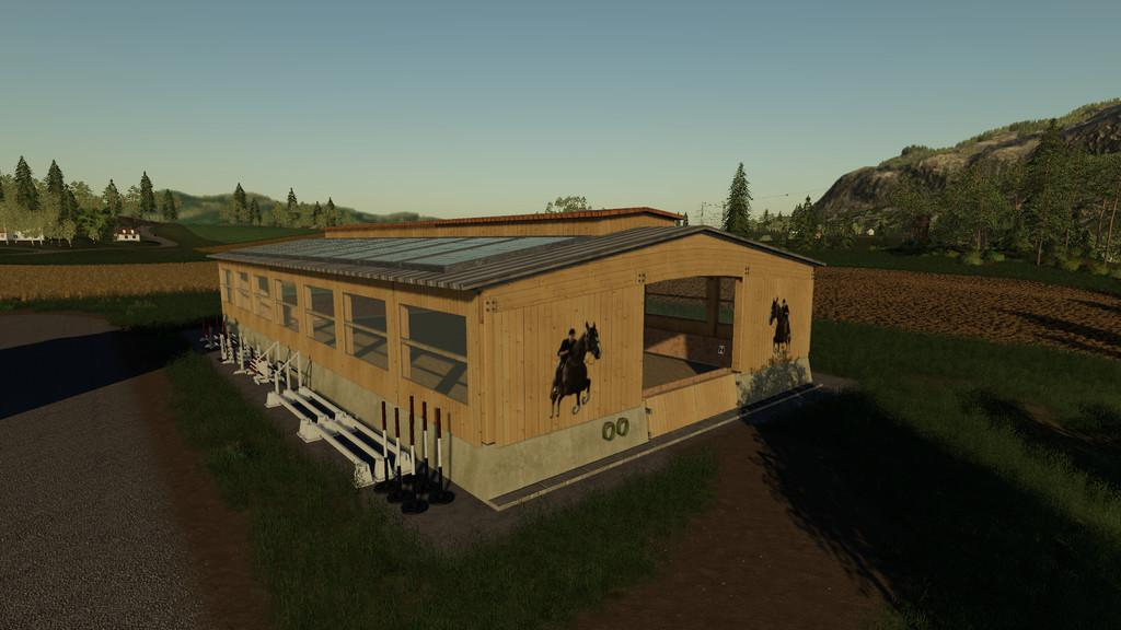 FS19 - Placeable Riding Hall V1.0