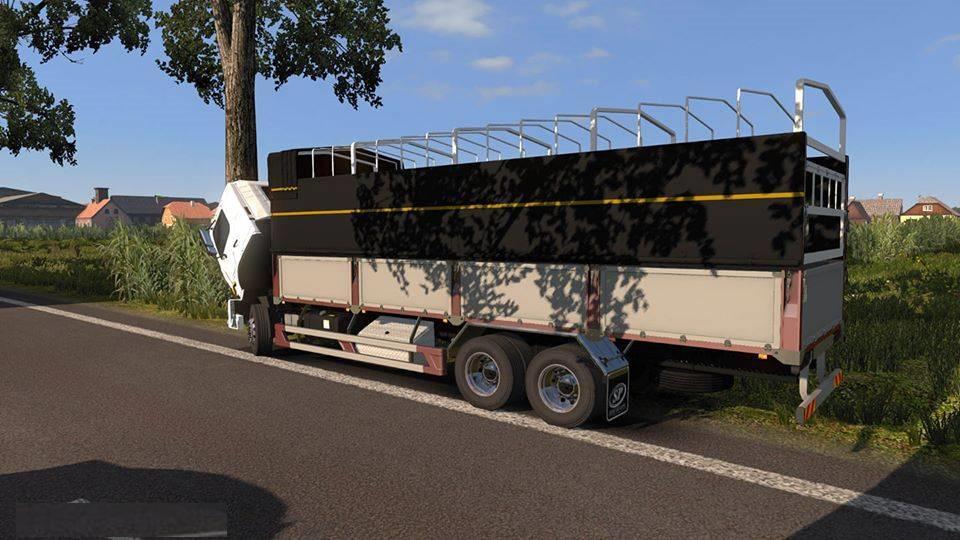 ETS2 -  Hino 500 Truck (1.37.x)