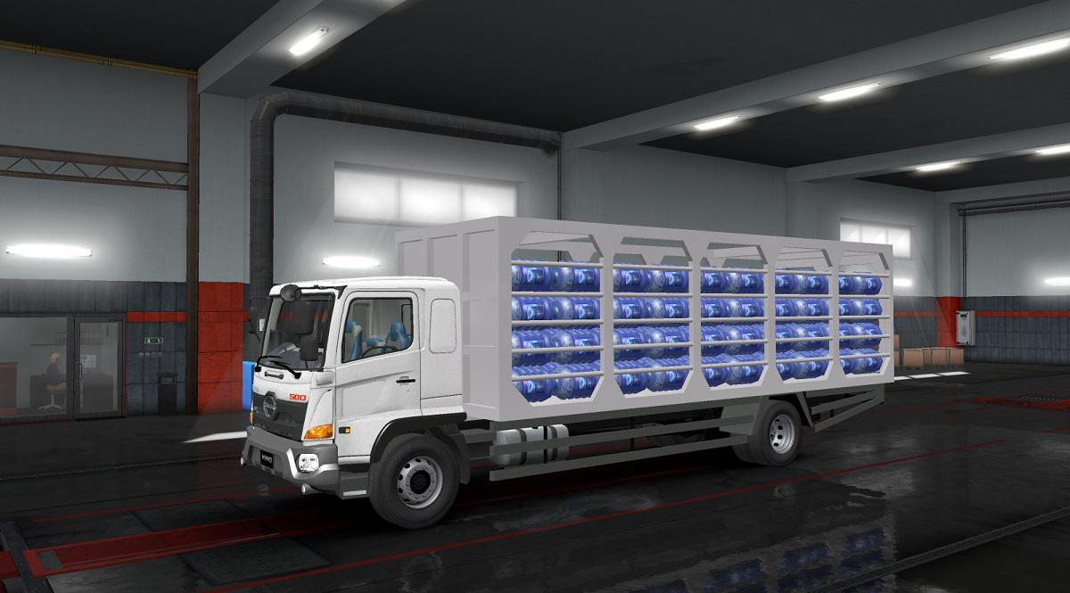 ETS2 - Hino 500 Truck (1.35.X)