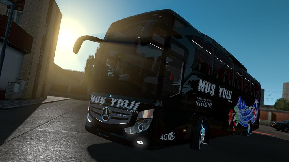 ETS2 - Mercedes-Benz Travego 16 SHD Bus Mod (1.35.x)