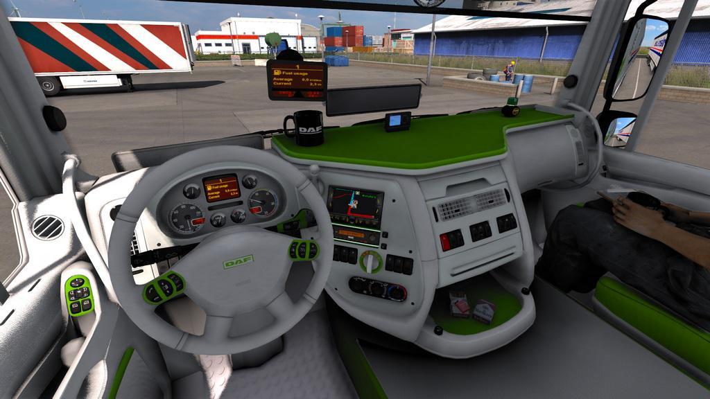 ETS2 - Daf 105 XF Green/White Interior (1.40.x)