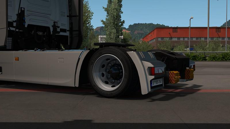 ETS2 - 45/50/55 Tires for Low Deck Chassis Mod V1.0 (1.36.x)